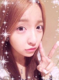 板野友美さんすっぴん画像を公開